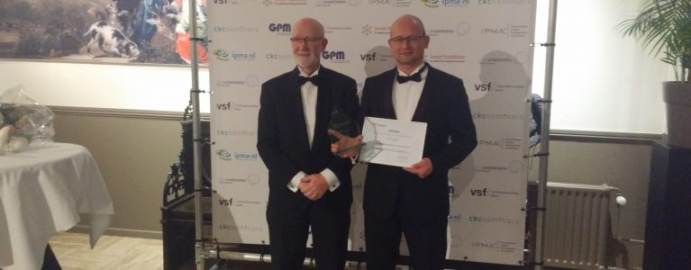 ZooEasy director wins Award for project management